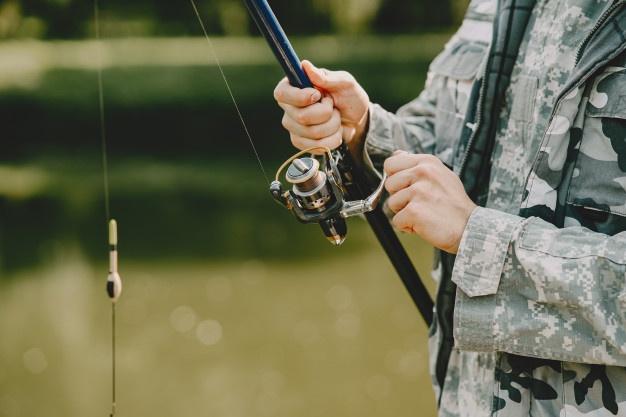 sort fiskestang
